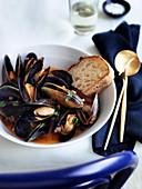 Squazzata die cozze - Mussels in tomato broth (2000s)