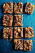Caramelised apple and oat bars