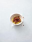 Quinoa porridge with data caramel