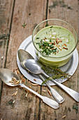Cold melon and herb soup (vegan)