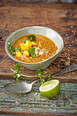Red dahl soup with mango (vegan)