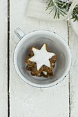 Cinnamon stars in a cup