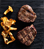 Veal medallions with chanterelle mushrooms