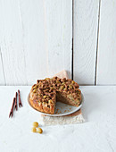 Sugar-free gooseberry crumble cake