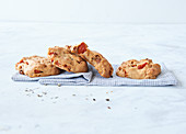 Sugar-free tomato and cheese biscuits