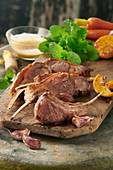 Grilled lamb chops with lemon and peppermint