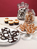 Cupcakes and cookies (Christmas)