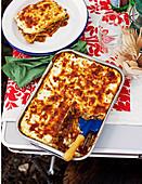 Lasagne mit Rindfleisch und Basilikumpesto