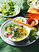 Green curry breakfast noodles