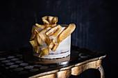 Bananenkuchen mit Bananenchips