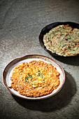 Kimchi-Pancake und Frühlingszwiebel-Pancake (Korea)
