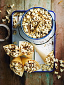 Popcorn mit Chai-Gewürzen
