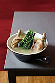 Duck soup with oriental chives (superfood)