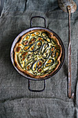 Zucchini quiche with green pepper