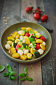 Gnocchi with vegetables and bocconcini