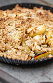 Apple crumble with sweet and sour cream