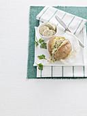 Kartoffeln en papillote mit Kräuter-Anchovis-Butter