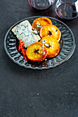 Grilled pear with blue cheese