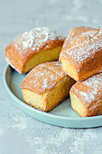 Mini loaf cakes with icing sugar