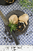 Black garlic with rosemary