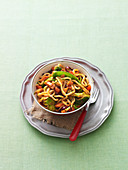 Stir-fried udon with chilli mixed vegetables