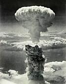 Atomic burst over Nagasaki, 1945