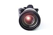 Digital mirrorless camera with zoom lens