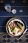 Auberginen-Fattoush mit Fetakäse