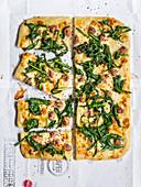 Pizza with dandelions, salsiccia and scamorza à la romana