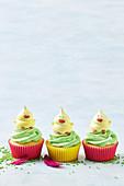 Meringue chick cupcakes
