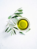 Olive oil and leaves