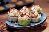 Cupcakes with brittle
