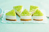 Crème fraîche tart with green apples