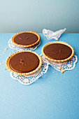 Chocolate cream tartlets