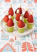Trauben-Erdbeer-Nikoläuse