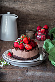 Chocolate cheesecake with strawberries