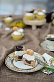 Churros-Cupcakes mit Schokolade