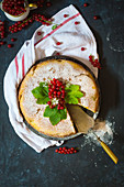 Red currant cake (seen from above)