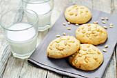 Italian pine nut cookies