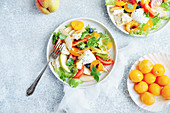 Panzanella with yellow plums, tomatoes and mozzarella