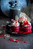 Halloween cupcakes (red velvet)