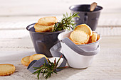 Rosemary shortbread biscuits