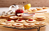 Karlsbad lemon rings with redcurrant jelly