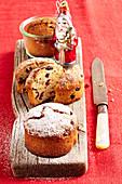 Mini cranberry cakes