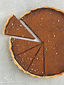 Chocolate tart, sliced (seen from above)