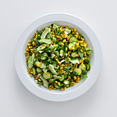 Wheat salad with cucumber, courgette and rocket