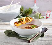 Maronensuppe mit Portwein und Anis & Gegrillter Jakobsmuschel-Süsskartoffel-Spiess