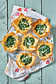 Spanakopita mini pies