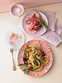 Pasta mit Balsamicobutter und Pfifferlingen