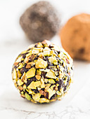 Vegan chocolate power balls